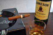 Charuto Don Porfirio Belicoso com Whiskey Jameson 8 anos