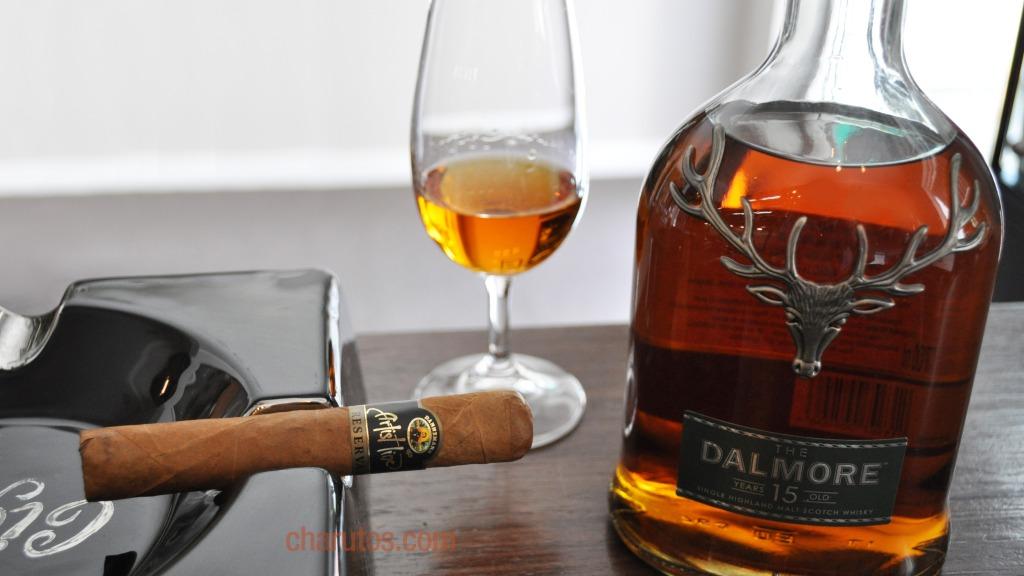 Charuto Dannemann Artist Line Robusto com Whisky Dalmore 15 anos (Puro Malte)