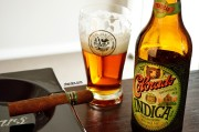 Charuto Damatta Robusto com cerveja Colorado Indica