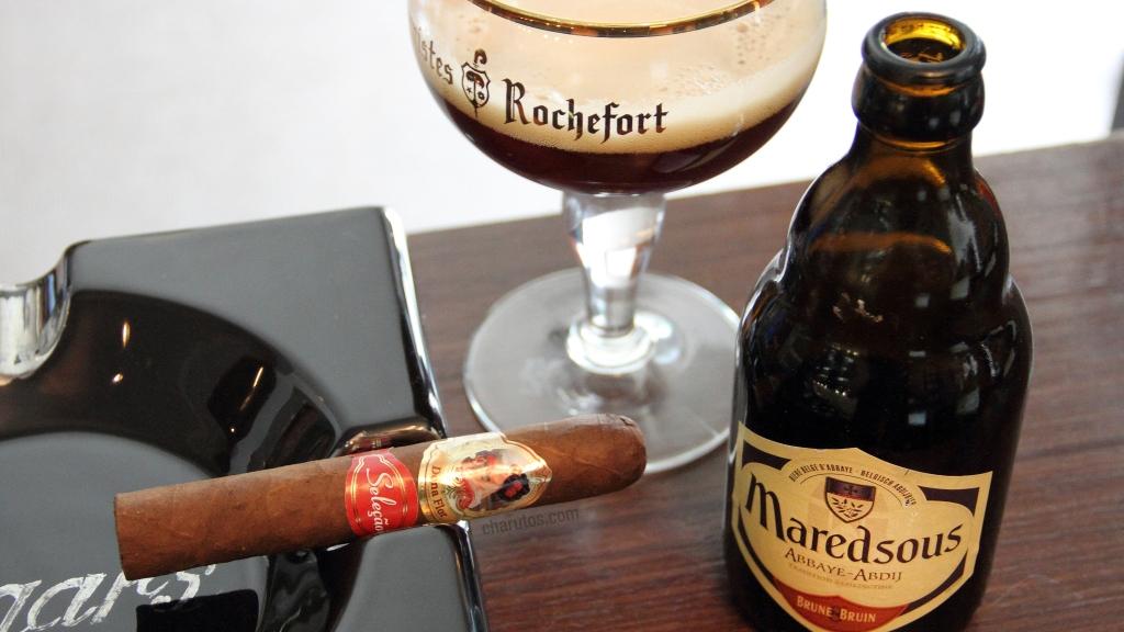 Charuto Dona Flor Seleção Robusto com cerveja Maredsous Brune 8